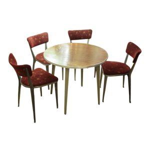 ernest-race-table
