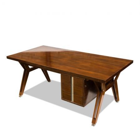 Mim desk